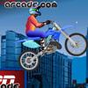 Skacz na motorze przez przeszkody
